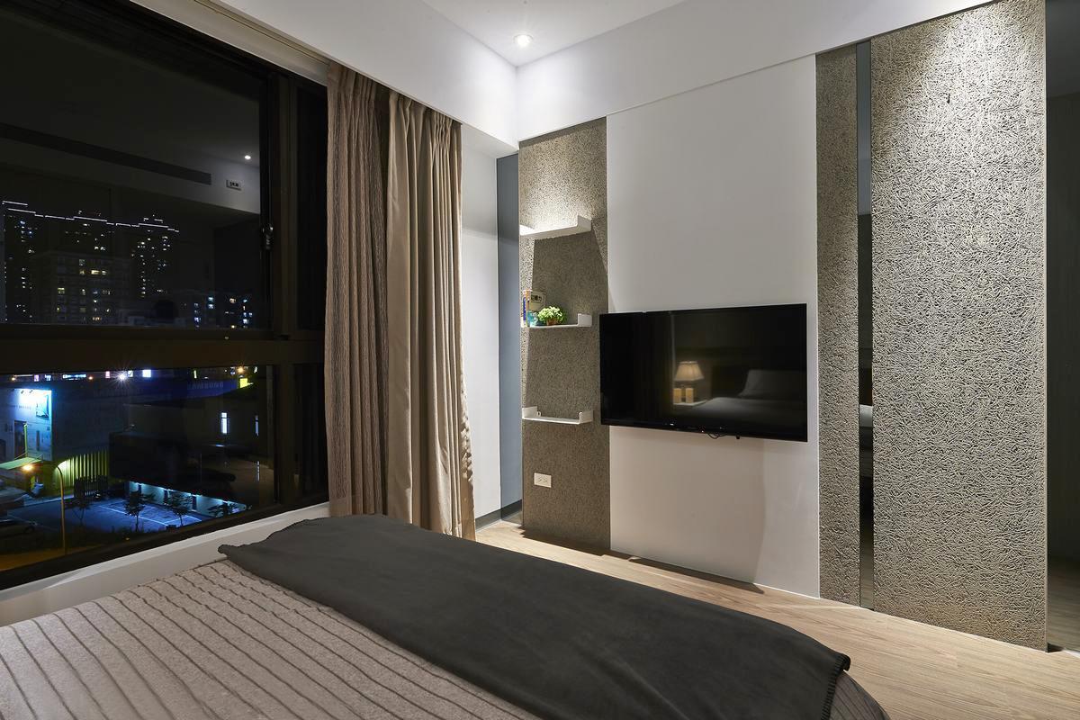 后现代港式 三居 小资 白领 卧室图片来自武汉全有装饰在世纪江尚港式人文三居的分享
