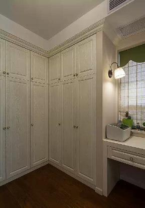 美式 小清新 二居 客厅 六里屯 衣帽间图片来自高度国际装饰宋增会在六里屯小区80平美式小清新的分享