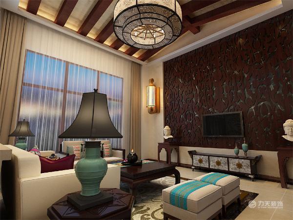 本户型设计成东南亚风格,首先在入户门玄关的设计,玄关采用回行吊顶,放置一个鞋柜,一盏竹制的吊灯,用珠帘把玄关和客厅进行分开。客厅的设计在视觉上体现了稳重及豪华感。家具的风格先得粗犷,但平和而容易接近。