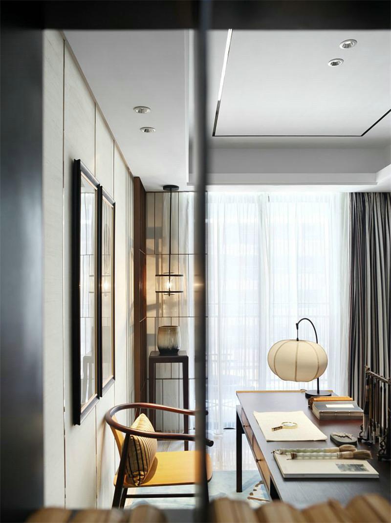 中式 简约 书房图片来自张勇高级室内设计师在北京院子中式设计案例效果展示的分享