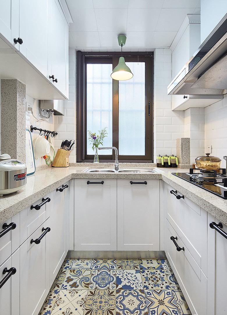 厨房图片来自家装大管家在小空间大乾坤 74平北欧混搭空间的分享