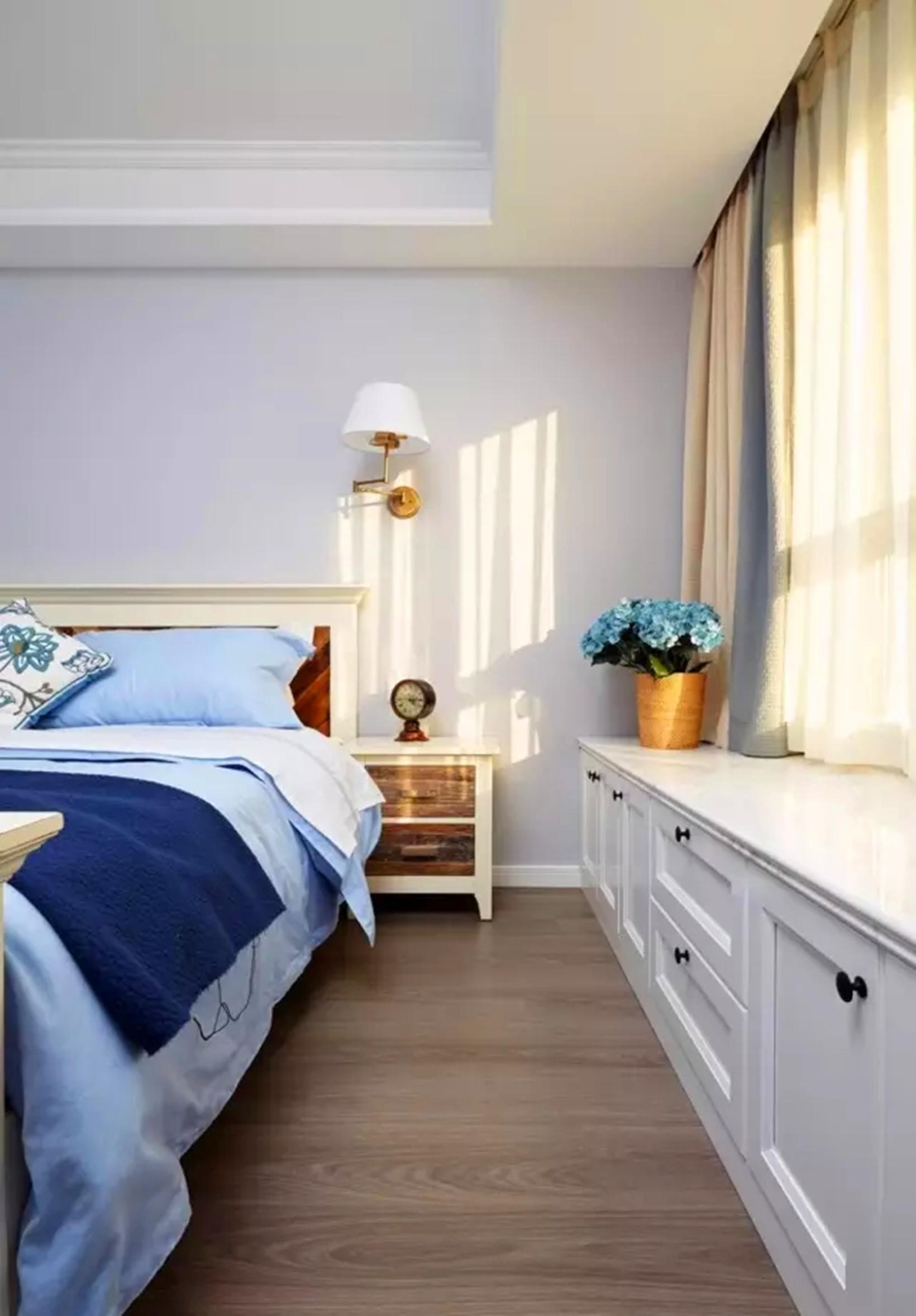简约 美式 四居 清新 实用 卧室图片来自高度国际装饰宋增会在东辰小区 133平米简约美式的分享