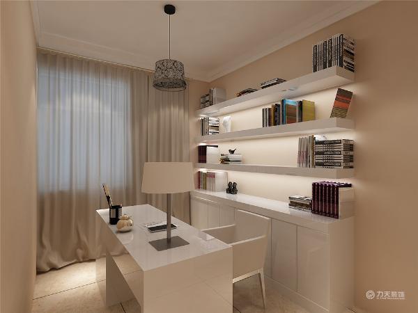 两间卧室空间都比较小,拆除后打通作为套间使用,一间当做卧室,一间当做书房,配以简单的装饰以突显本设计的简洁,地面是和客厅一致的800*800玻化砖。