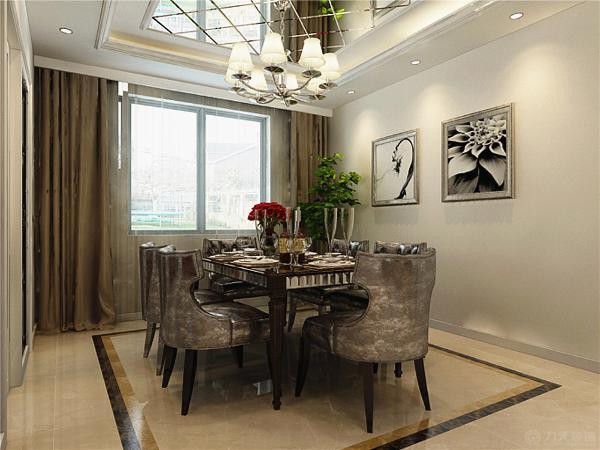 餐厅区的设计同样是简化了的欧式餐桌椅,在餐厅的顶面同样是为了增加采光使此区域看起来更为明亮增加了镜面材质。