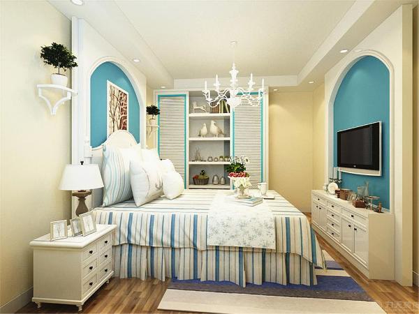 卧室的顶面也是偏欧式的回字形吊顶,卧室的床头背景墙和电视背景墙都做了简单的田园气息装饰。