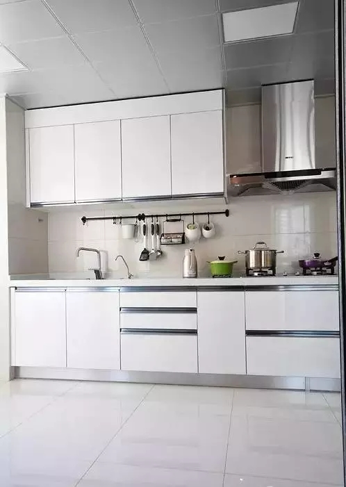 简约 欧式 田园 混搭 中式 二居 三居 别墅 客厅 厨房图片来自实创装饰晶晶在145平新中式雅居太赞了的分享