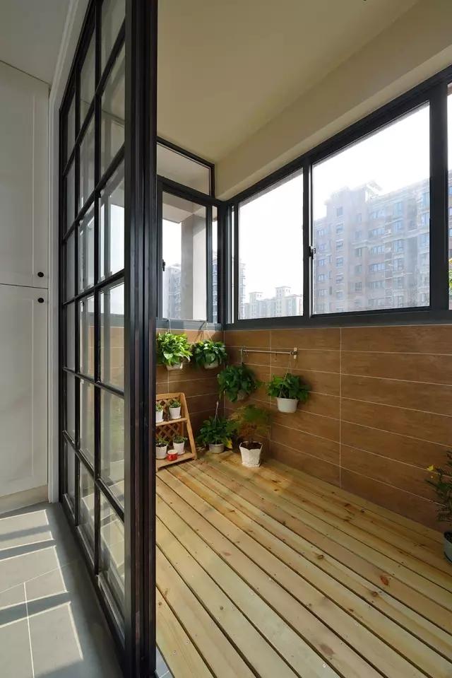 简约 欧式 田园 二居 别墅 收纳 旧房改造 小资 阳台图片来自日升装饰秋红在120平米混搭风格的分享