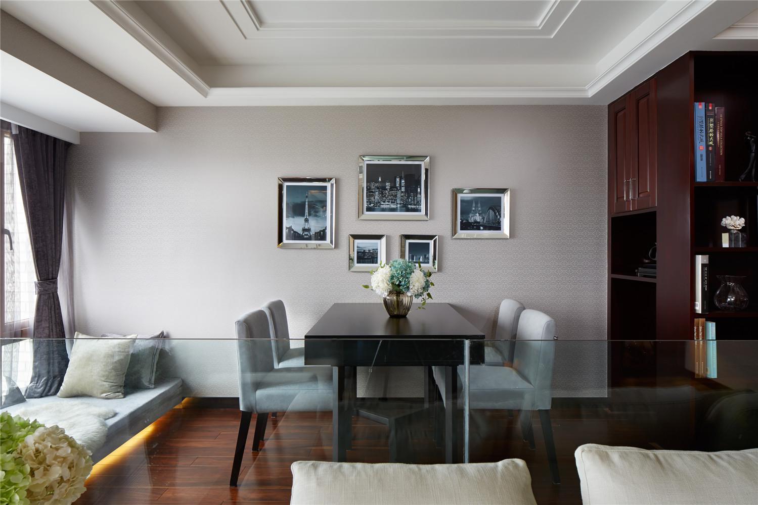 简约 中式 三居 餐厅图片来自张勇高级室内设计师在润枫领尚中式设计案例效果展示的分享