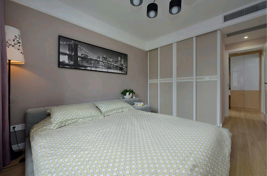 现代 混搭 三居 卧室图片来自成都丰立装饰工程公司在感受现代混搭生活的分享