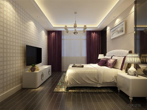 欧式的居室有的不只是豪气大气,更多地是惬意和浪漫,通过完美的点线,精益求精的细节处理,带给家人不尽的舒服触感,实际上和谐是欧式风格的最高境界。