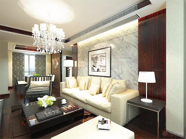 本案在总体上呈现多元化,兼容并蓄的状况。整个户型地面全铺地板,客厅的电视背景墙是以石膏线圈边,将石材与木材的融合,凹凸有致,立体感较强,墙体是以暖色乳胶漆为整体