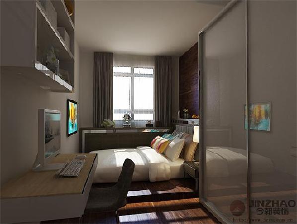 主卧因尺寸问题,所以不做普通床位设计,而是地台加床垫的结合,这样可以有效利用床尾空间;主卧窗户做假飘窗,可以美化储物空间。