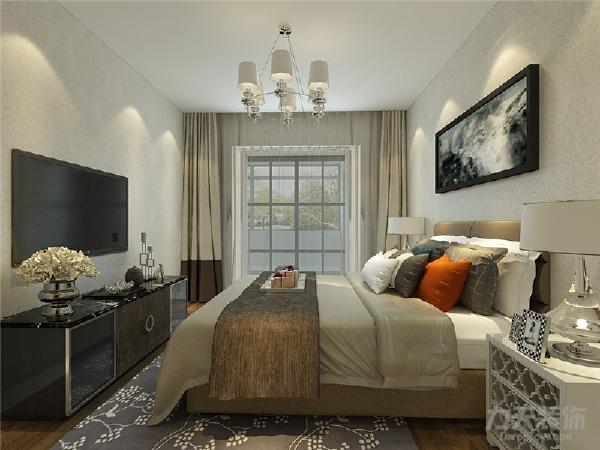 主卧的暖色花纹壁纸令空间设计十分温馨,次卧室作为儿童房搭配的竖条纹壁纸,以及挂画装饰,色调清新。