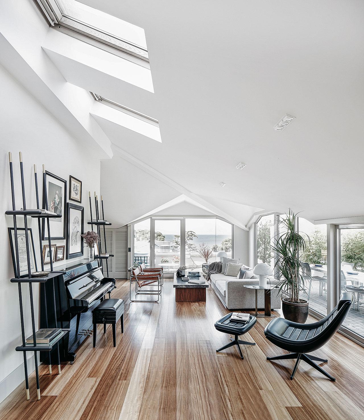 紫禁壹号院 现代主义 客厅图片来自别墅设计师杨洋在紫禁壹号院现代主义的混合设计的分享