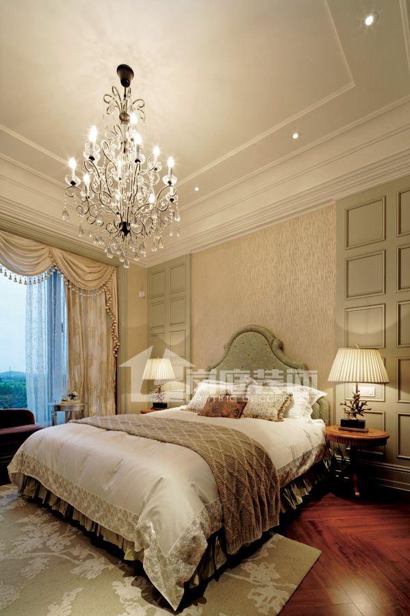 欧式 别墅 卧室图片来自岚庭家居在奥特莱斯傲墅的分享