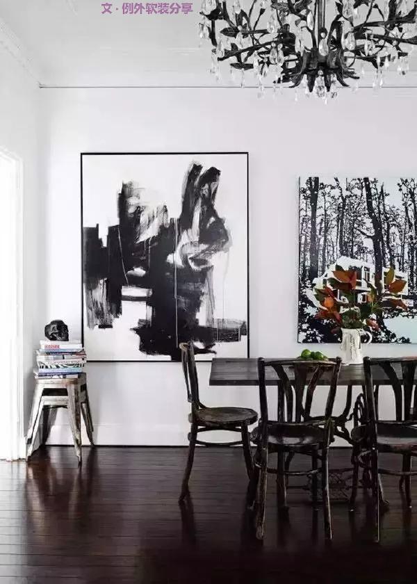 """其艺术表现形式在延续人物、山水、花鸟等传统素材的基础上,继而自然衍生出应时代发展而独具现代审美的""""抽象水墨画""""。"""