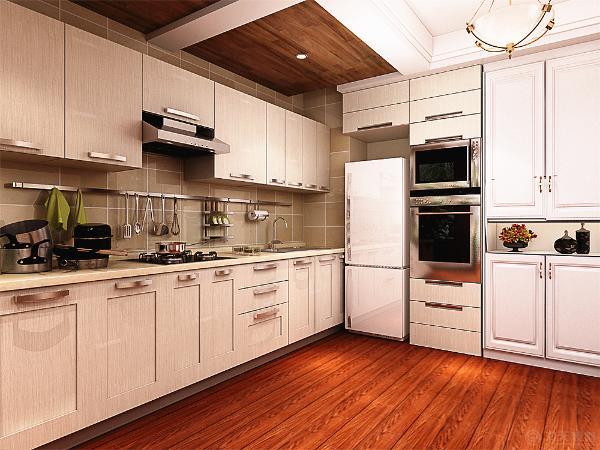 厨房的吊顶采用的木质的地板作为装饰的。餐桌的选择首先在四人的美式餐桌,白色的吊顶,配备四盏美式的吊灯作为光源。