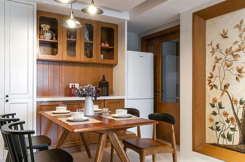 三居 混搭 小资 餐厅图片来自广州泥巴公社装饰在混搭风格.粤海丽江花园的分享