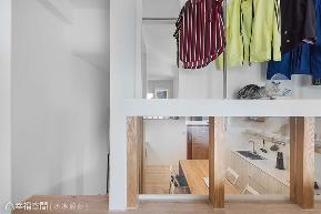 一房 简约 北欧 休闲 收纳 衣帽间图片来自幸福空间在坐拥河岸绿意25平挑高慢活空间的分享
