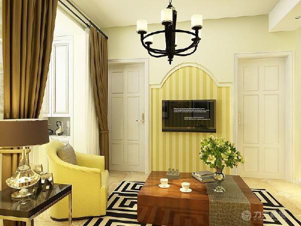 客厅整体给人一种干净整洁的感觉。阳台放有两个衣柜。