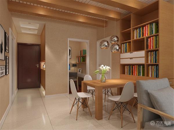 餐厅墙体做了整面柜子,可以收纳很多物品。次卧室采用上下铺,方便孩子居住,同时来了客人也有休息居住的空间。