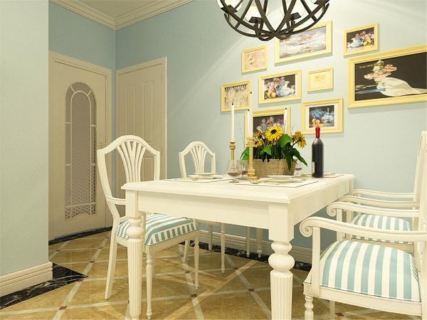 由于本房型没有餐厅的位置,所以把餐厅放置在了客厅的边上,餐桌选择了白色的再配上蓝白条的餐椅凸显出了地中海的风格