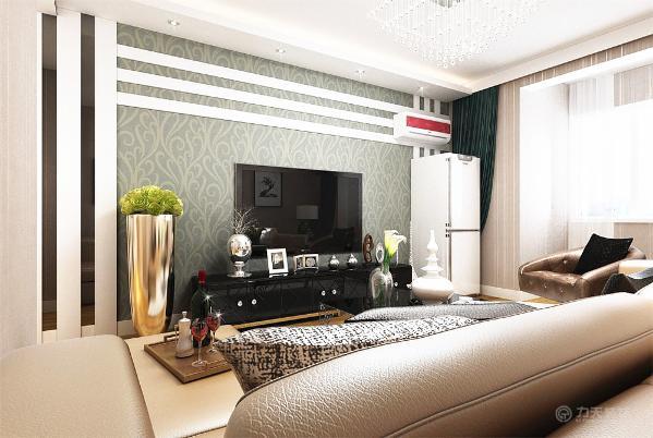 餐厅过道是齐平客厅的轻钢龙骨石膏板吊顶,里面放置雕花板,餐厅原顶上有石膏线圈边,电视墙方面做简单的石膏线加壁纸的造型。