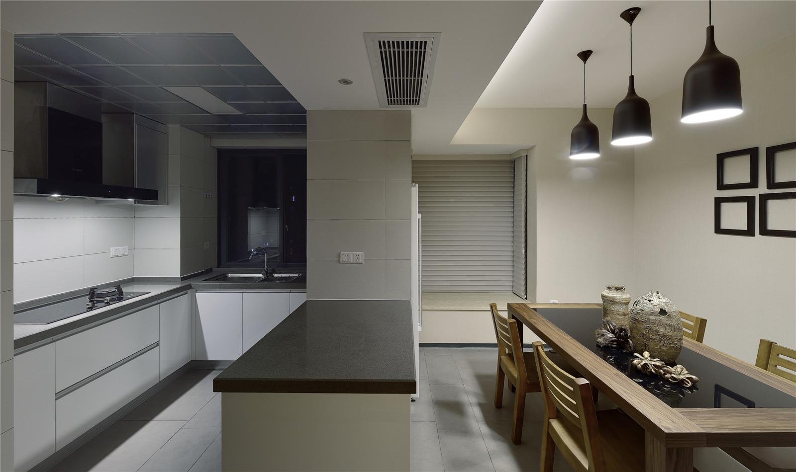 二居 旧房改造 新中式风格 北京装修 装修效果图 餐厅图片来自爱尚易格装饰在爱尚易格海淀区惠普南里的分享