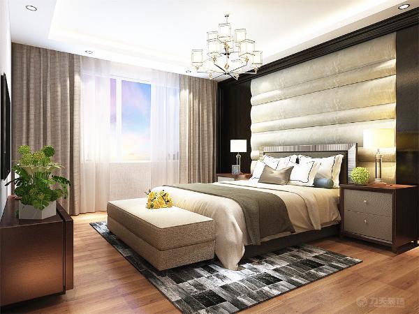 主卧室做的相对奢华些 软包加上地板上墙搭配木色现代家具以及地板尽显奢华,餐厅做的偏现代一些餐桌上面吊一个简单的回型吊顶。