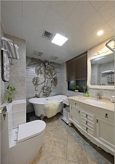 卫生间图片来自家装大管家在清新淡雅 123平现代简约混搭3居的分享