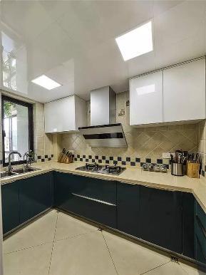 简约 现代 现代简约 二居 白领 小资 厨房图片来自沙漠雪雨在110平米淡雅宁静现代简约两居的分享