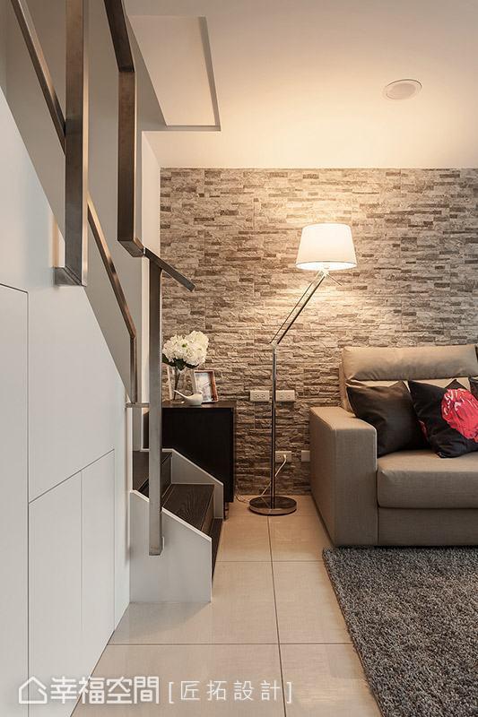 居家空间内选用黄灯做点缀,立即能带来温暖、放松的情境感受。