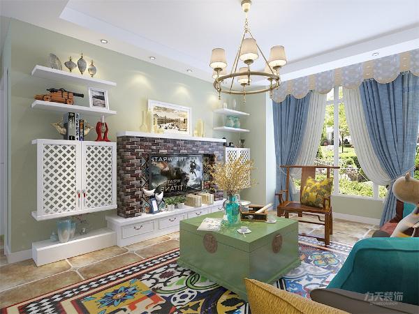 本案以绿色和橙色相搭配、深木色家具看上去现代大气又带上些许的美式风情,在整体布局上强调空间的划分和融合。