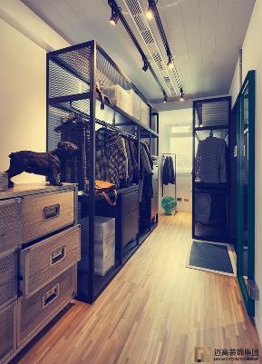 简约 混搭 旧房改造 收纳 80后 小资 衣帽间图片来自迈高国际设计在工业混搭-我们的家的分享