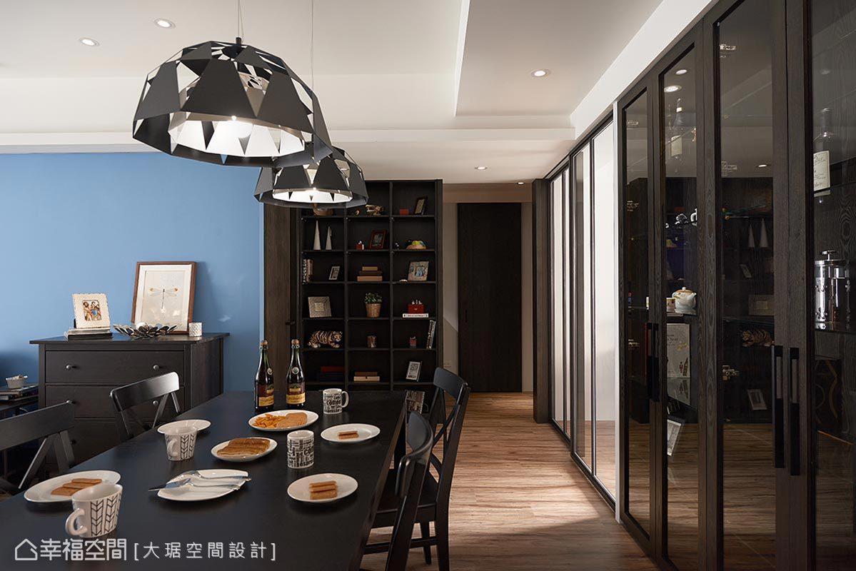 现代 简约 三居 收纳 餐厅图片来自幸福空间在微调格局 整出低调奢华宅的分享