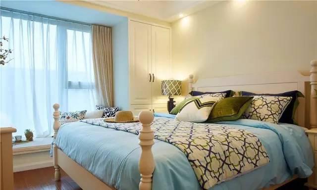 卧室图片来自实创装饰晶晶在90平简美小清新 空间规划很重要的分享