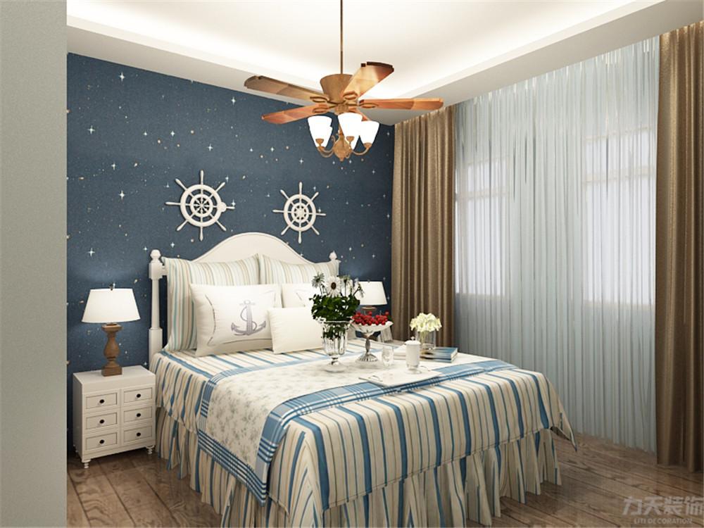 地中海 三居 收纳 小资 卧室图片来自阳光力天装饰在地中海-半湾半岛-137㎡的分享