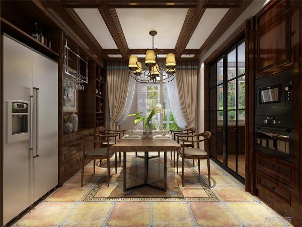 餐厅的设计也很复杂,餐桌的选择为4人餐桌,旁边配有酒柜,冰箱选择为双门,过道的吊顶设计也很复杂,做成石膏线格格的样式。