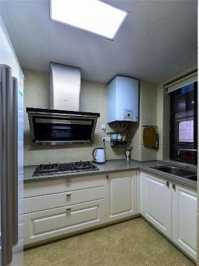 现代 混搭 现代混搭 三居 白领 小资 厨房图片来自沙漠雪雨在90平米现代混搭风三居室小资的家的分享