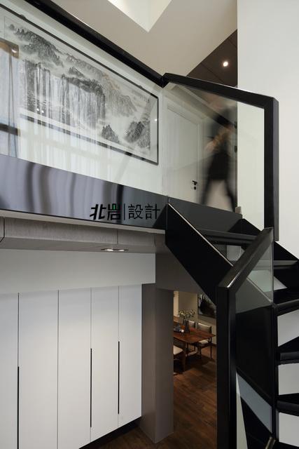 简约 收纳 旧房改造 楼梯图片来自北岩DESIGN在墨染--北岩设计实景作品的分享