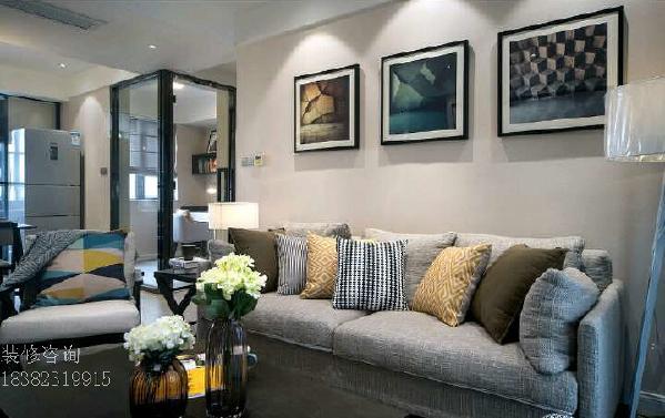 沙发挂画,抱枕组合 喜欢的业主可以在店铺主页 在线咨询哟~或直接联系:18382319915