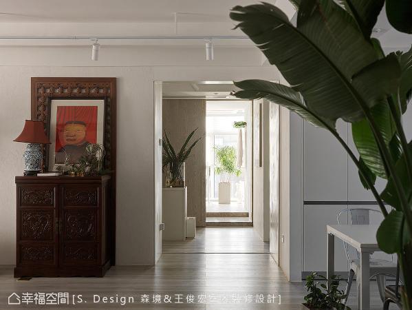 由客厅转入内部场域,森境&王俊宏设计团队以「院进」的合院意象,赋予新时代意义及传统底蕴。