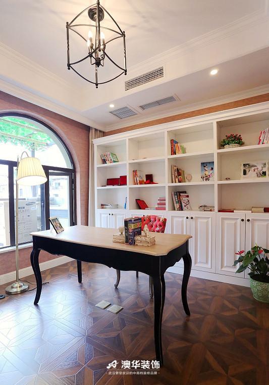 书房图片来自澳华装饰有限公司在楚天都市雅园·法式田园 高雅演绎的分享