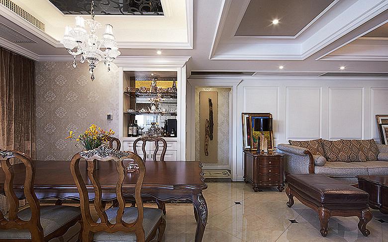 客厅图片来自家装大管家在110平现代欧式3居 幸福生活起航的分享