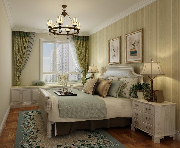 卧室的床头背景墙为简单的壁纸装饰,搭配浅色系的床,营造出更加浪漫的空间氛围。顶面为石膏线装饰,点缀整个空间,窗帘搭配田园元素的花纹,颜色与客厅家具布艺一致,保证整体统一性,打造一个自由淡雅的居住空间。