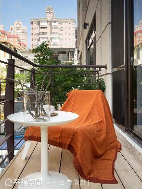 现代 简约 别墅 收纳 阳台图片来自幸福空间在台中吴宅的分享