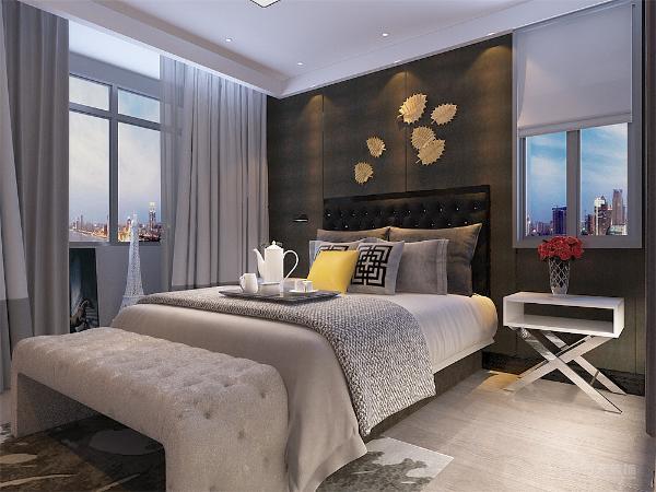 在卧室的设计上,大胆采用了深灰色做为基底,加以白色简约的现代床品,对照鲜明。是典型的现代简约设计。