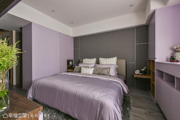 以熏衣草紫为主色,床头采深色壁布,搭配胡桃木家具,希望提供屋主安稳的睡眠质量。