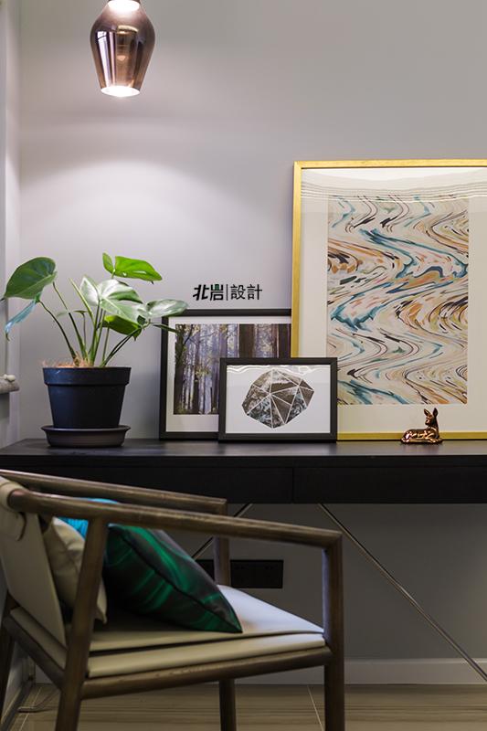 三居 收纳 简约 书房图片来自北岩DESIGN在【本来生活】北岩设计实景作品的分享