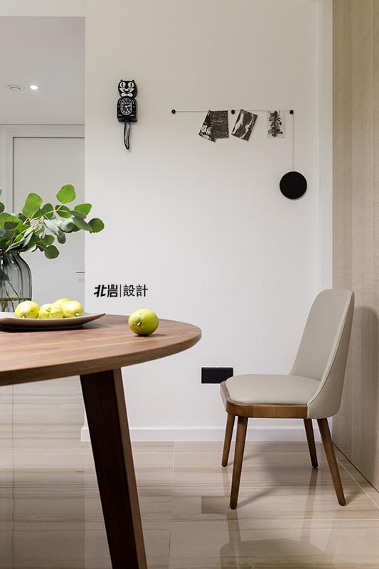 三居 收纳 简约 餐厅图片来自北岩DESIGN在【本来生活】北岩设计实景作品的分享